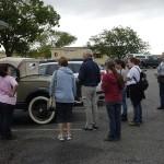 A crowd gathered at the cars when we went to take the driving tour of the battle field.